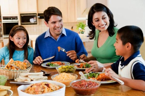 Renew Roadtax kfamily dinnertime